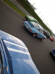 020 Parade capot Porsche.jpg