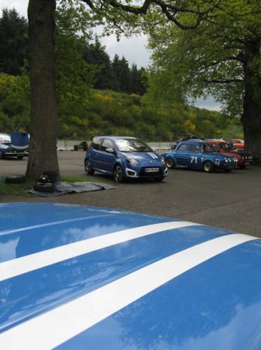Trophee Gordini Twingo-bandes Gordini.jpg